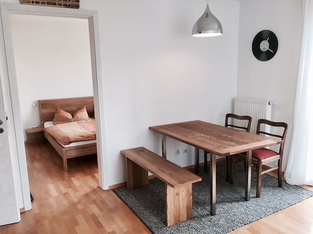 Tolle Wohnung nahe der Innenstadt - Regensburg - Apartment