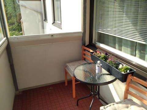 57кв.м 2х комнатная квартира со всеми удобствами.