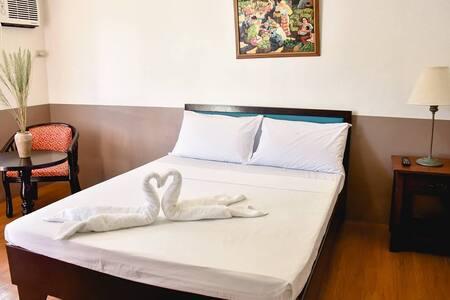 Standard Single Room - Bed & Breakfast