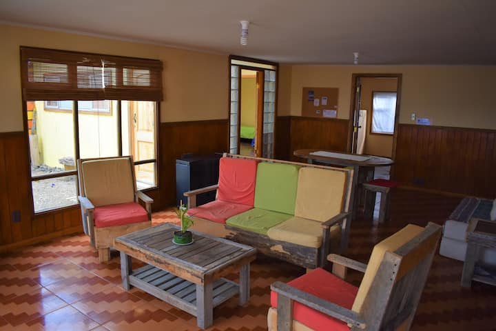 Cozy shared room in Barca Eco hostel