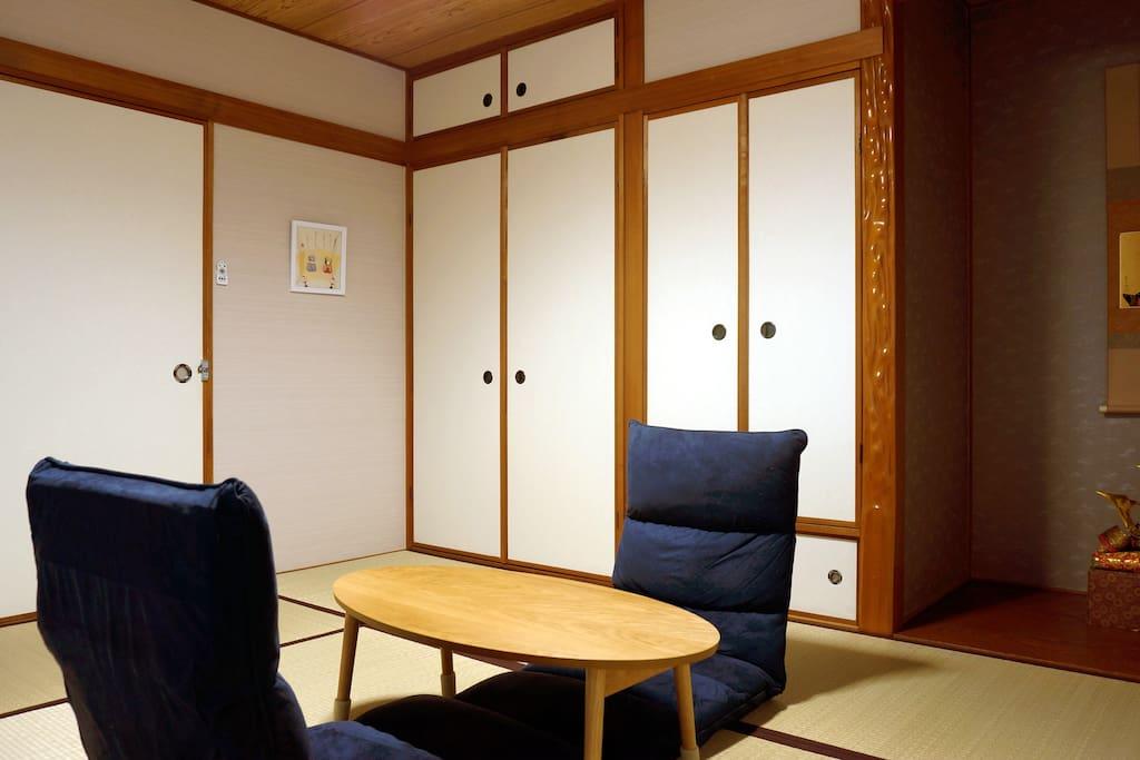 Japanese Room on the first floor 1楼和室1