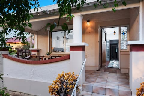 Tal Haus - In the heart of the Barossa Valley
