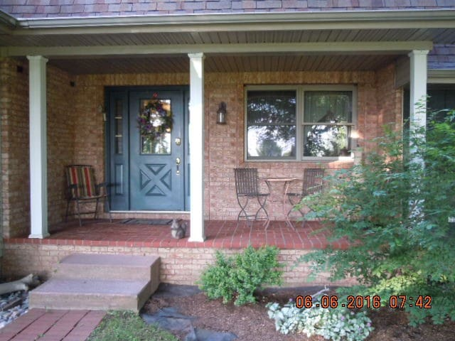 QUAINT RELAXING PRIVATE BNB        SPRING SPECIAL - Erie - Huis