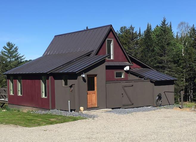 Razzle's Cabin