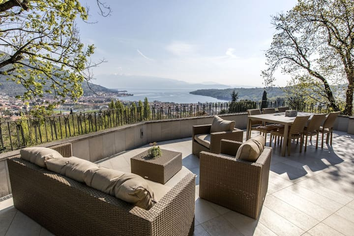 Luxury Villa in Salò Italy with swimming pool
