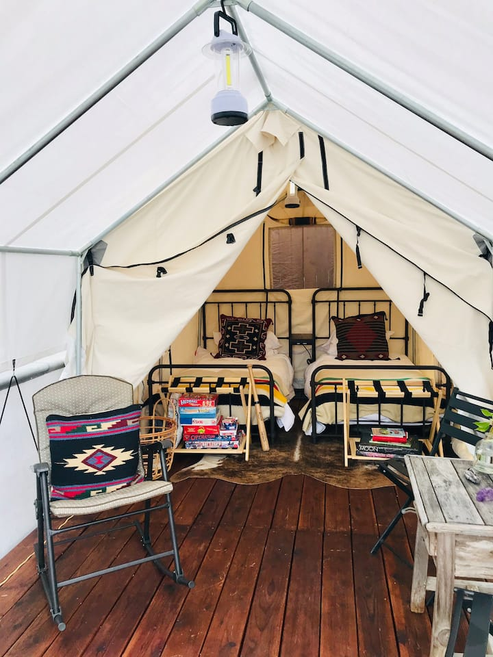 Glamping. San Clemente. Two blocks from beach.