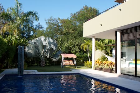Se Arrienda Casa en Lagos del Peñón - Girardot