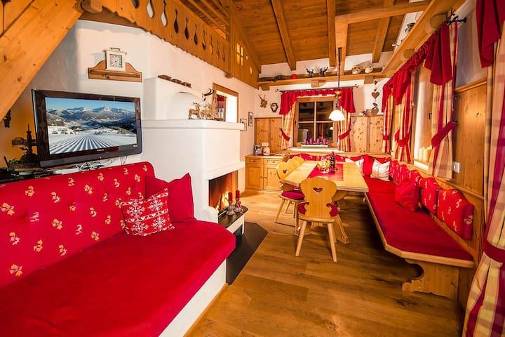 Chalet Berghof Flachau - Typ Edelweiss - Sankt Johann im Pongau - House