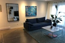 Spacious Condo Steps Away from Saint-Catherine