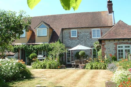 Character 18th century Cottage Goodwood Chichester - West Sussex - 独立屋