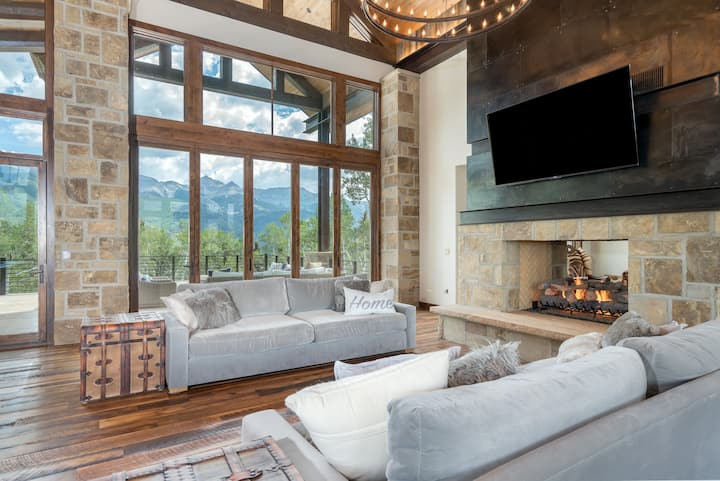 In this fantastic Mountain Village vacation home all the details have been carefully hand-selected