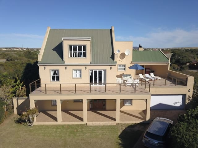 Holiday home in Kenton