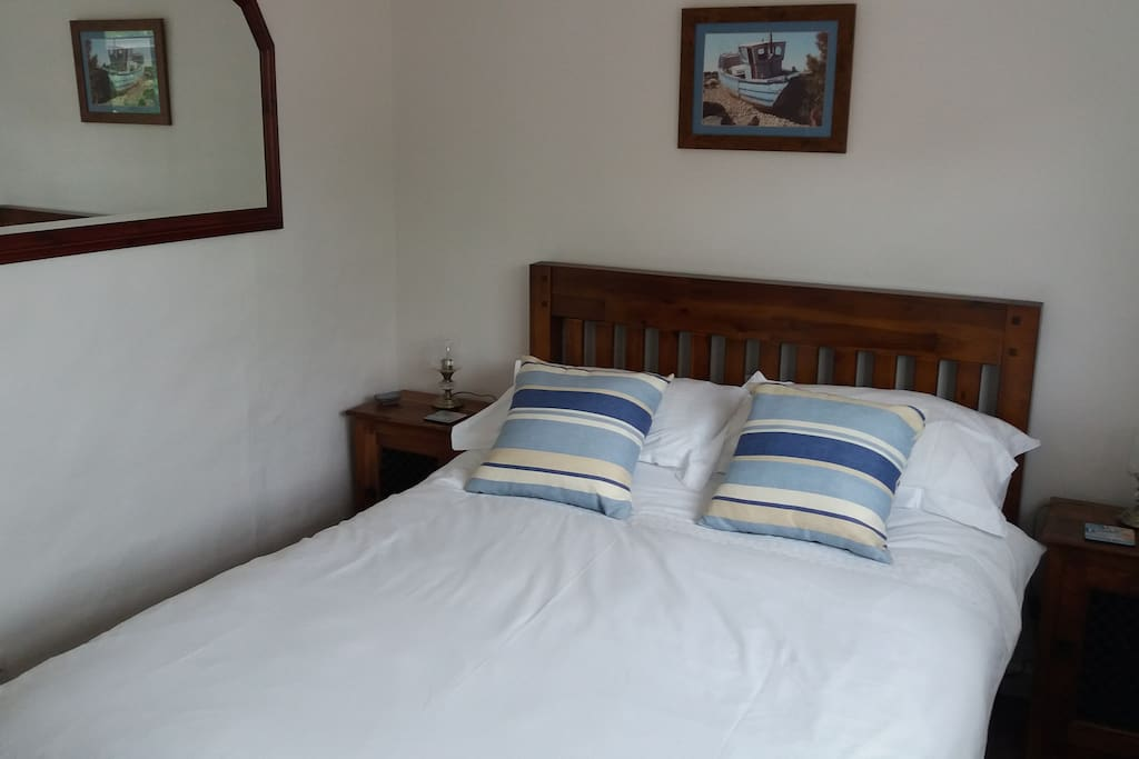 Double Bedroom. Quality Linen