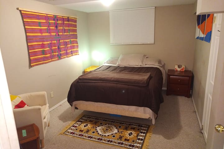 Private room, Queen size bed