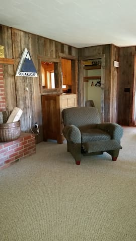 Best view of Sugarloaf, 1 bedroom break a way - Carrabassett Valley - Leilighet