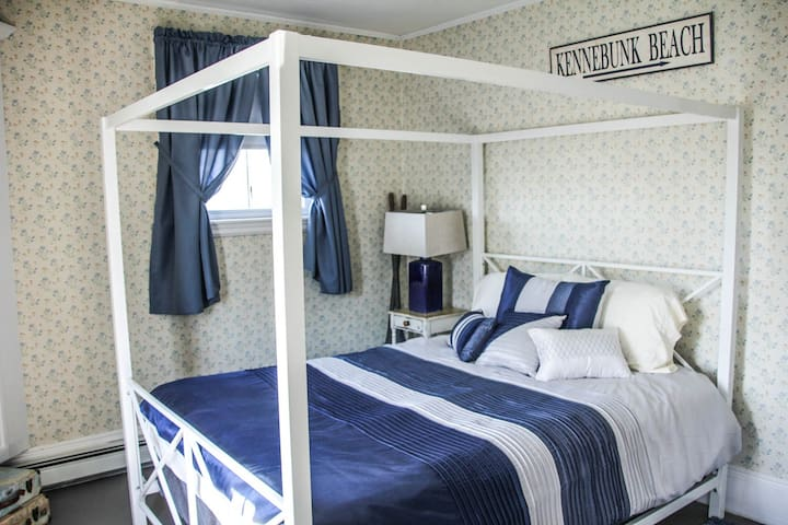 Kilburn House KPT: Canopy Room - Kennebunkport - House