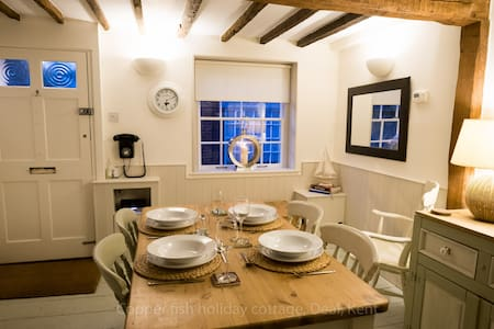 The Copper Fish, Holiday Cottage - 迪尔 (Deal) - 独立屋