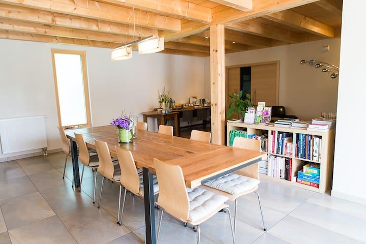 Ame de la terre - Ruffey-lès-Echirey - ที่พักพร้อมอาหารเช้า