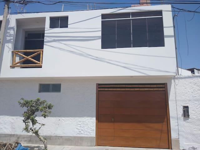 Dpto. dos dormitorios, Asoc. Jahuay ( Pulpos).
