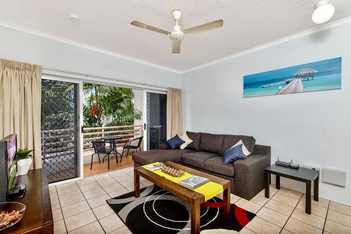 Central, modern, quiet - Short walk to city centre - Parramatta Park - Lejlighed