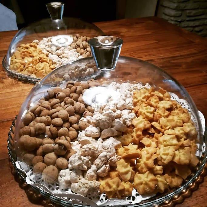 La nostra piccola pasticceria...coccole per i nostri ospiti