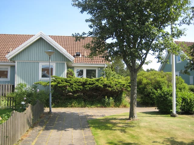 4BR Near Sea, Golf, Fishing Village - Båstad