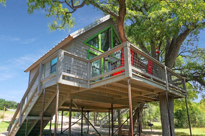 Arbor House of Dripping Springs- Garden House