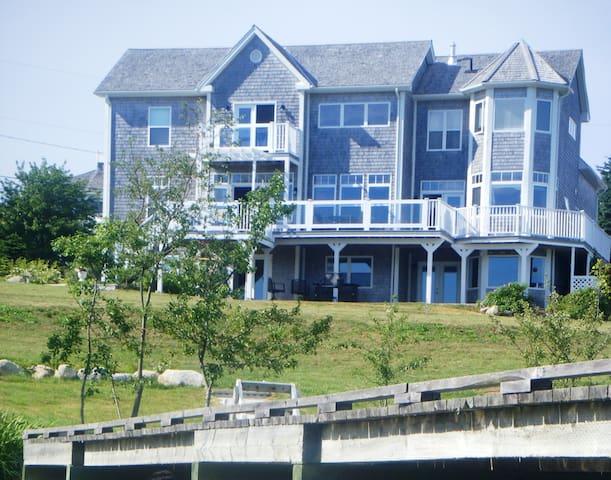 Mariner's Haven Apartment