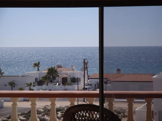 GORGEOUS CONDO  WITH WATER VIEWS - Puerto Penasco - Appartement