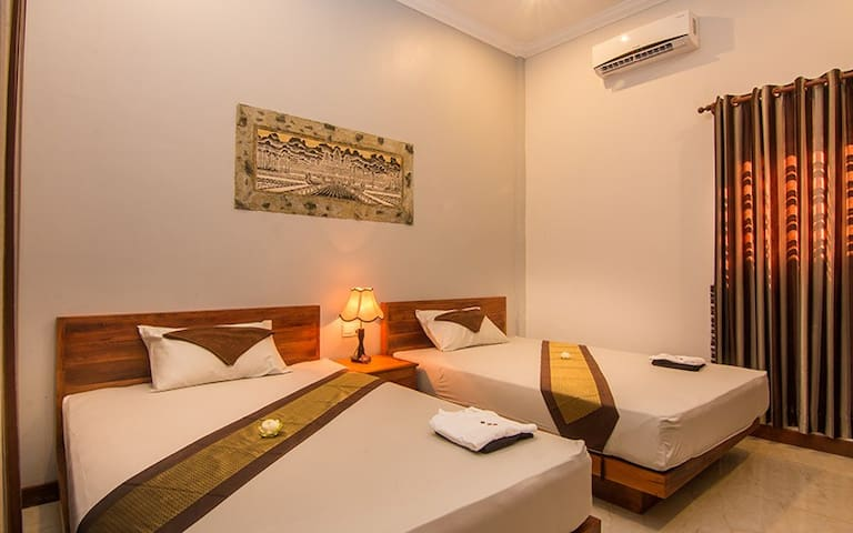 Double deluxe room available for booking .