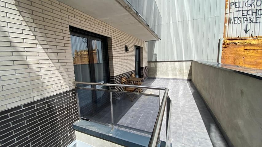Apartament With terrace.2.1