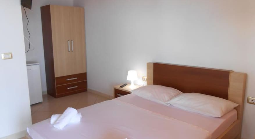 Double Room with Sea View - Dhërmi