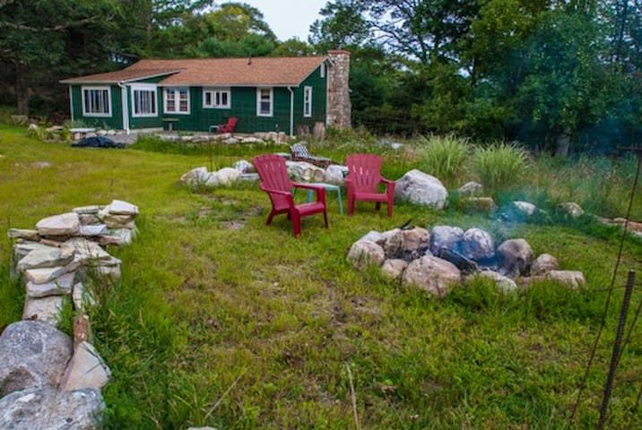 Clean, Serene room in 2BD Home - Pine Bush
