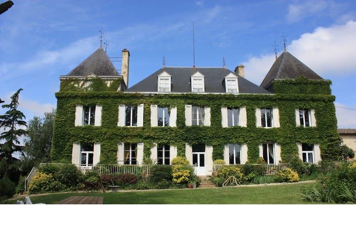 Gite du Chateau Couteau