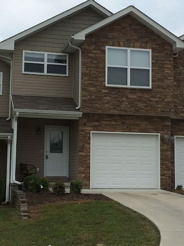 Townhouse in Boyd's Creek area