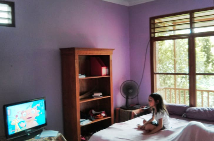 room in Sabruna, Sth Jakarta - South Jakarta - Hus
