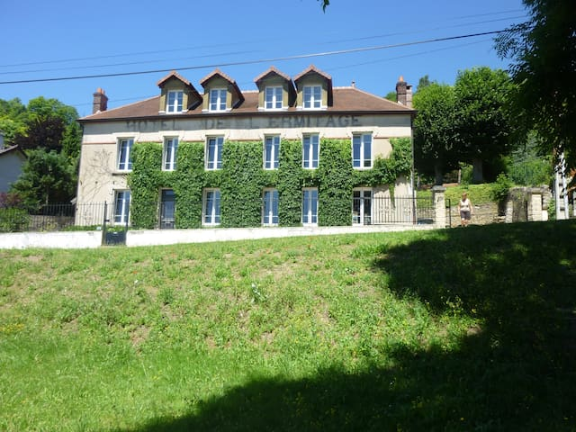 Maison de Charme ou chambre à louer - Sainte-Aulde - Casa