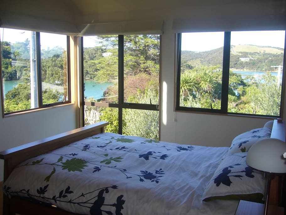 Seaviews from your bed