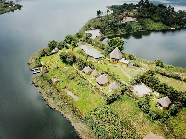 Lake Bunyonyi Paradise Eco Hub
