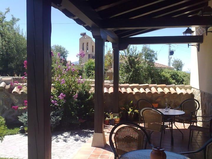 Casa para 22 personas muy cerca de Segovia