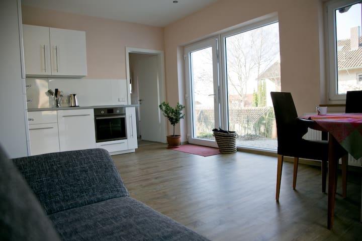 Schöne Ferienwohnung *20 Minuten von Freiburg - Emmendingen - Apartment