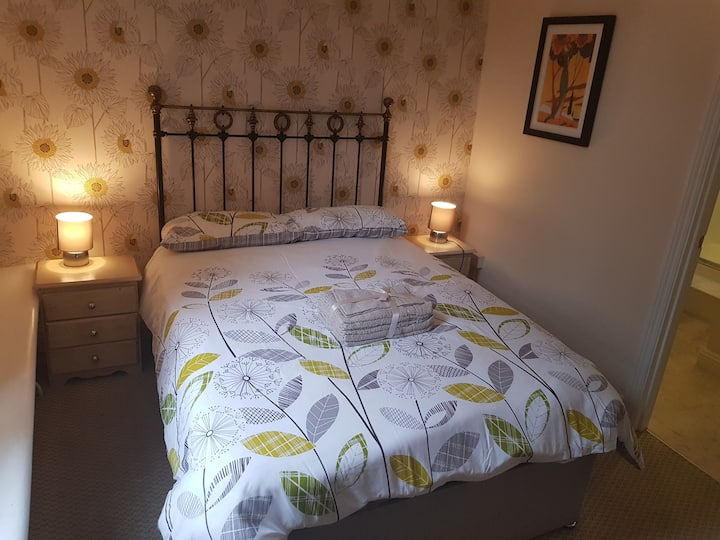 Ensuite Double Room at The Fountain Inn