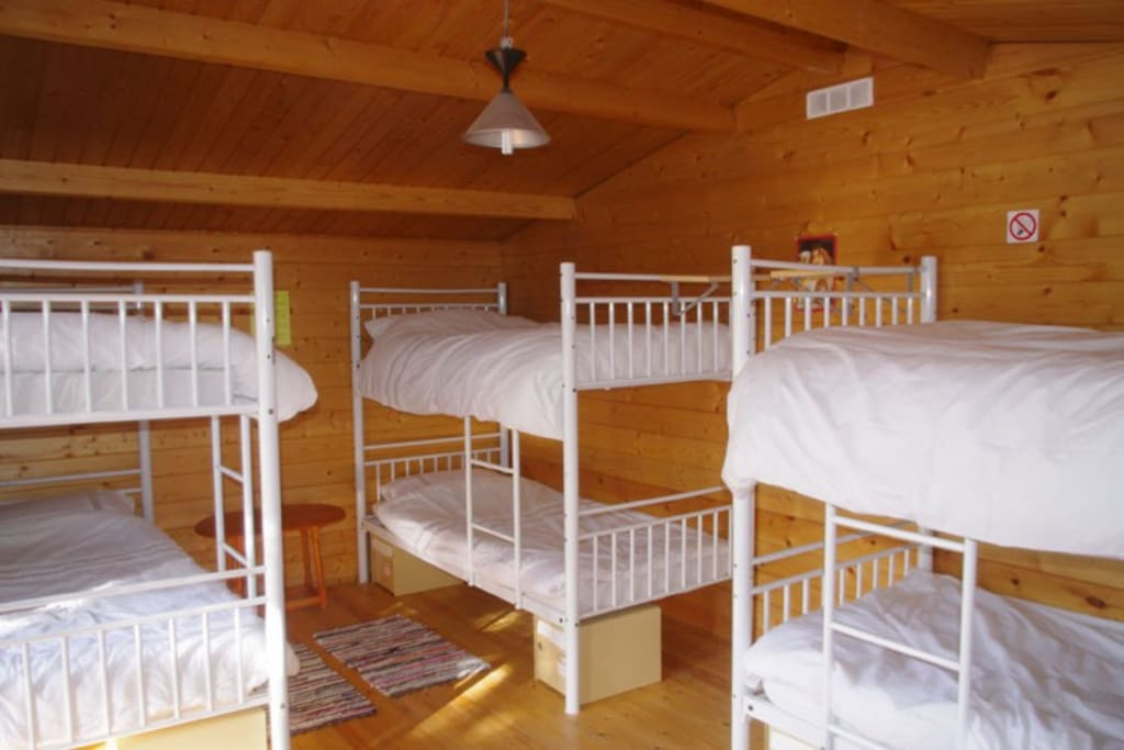 Sidsmums Travellers Retreat 6 bed dorm Cabin