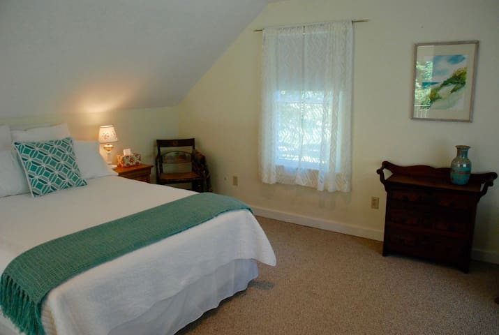 Private, cozy studio in Berkshires: Enjoy Spring! - Canaan