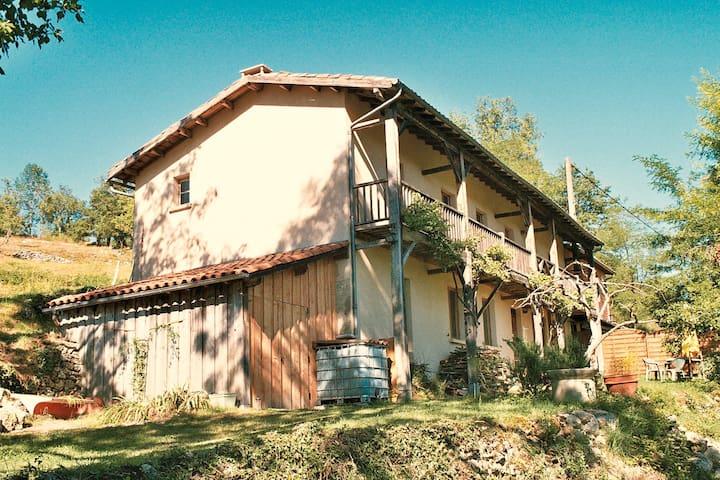 Grande maison de vacance indépendante - Castelnau-Durban - Ev