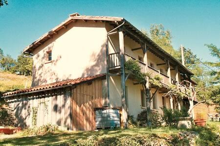 Grande maison de vacance indépendante - Castelnau-Durban