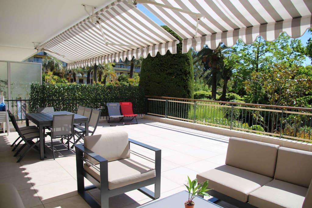 Très grande terrasse 56 m² agréable à vivre  Pas de vis-à-vis