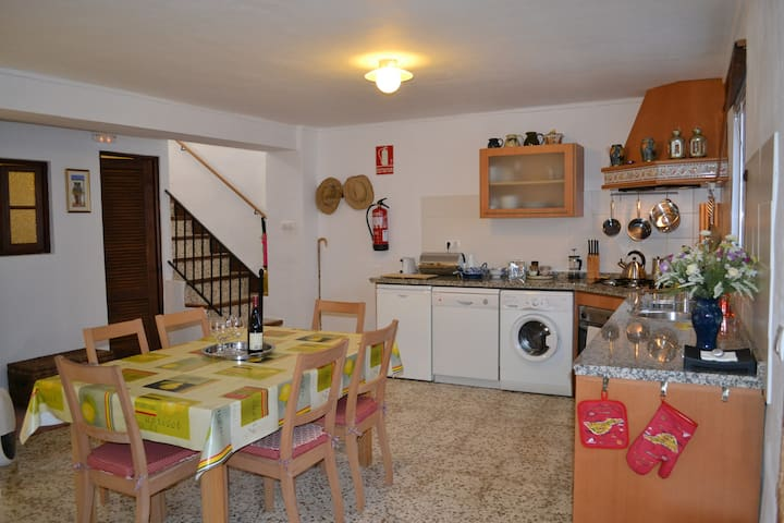 Kitchen/dining area. Well equipped with microwave, fridge, electric oven/gas hobs, washing machine and dish washer.
