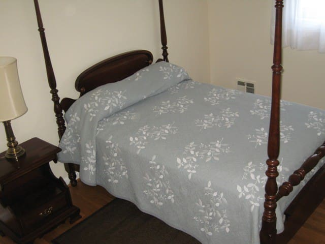 Bedroom & Bath Hunt Valley - Lutherville-Timonium - House