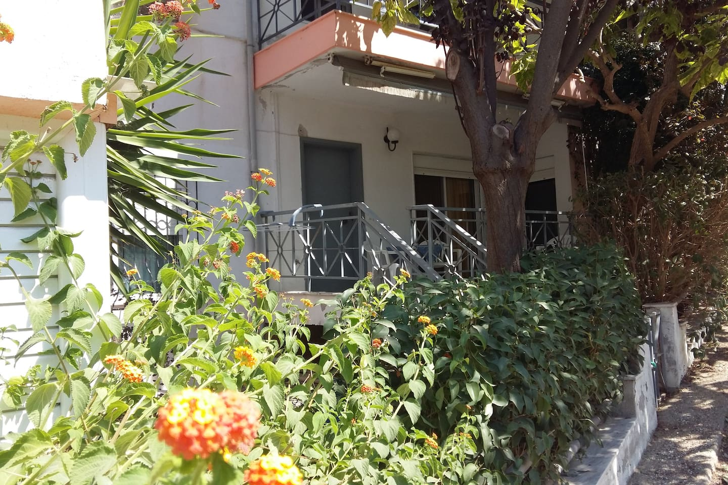 Costa Focia Apartment Tel +306944277650 for details. This is the entrance/balcony of the apartment.